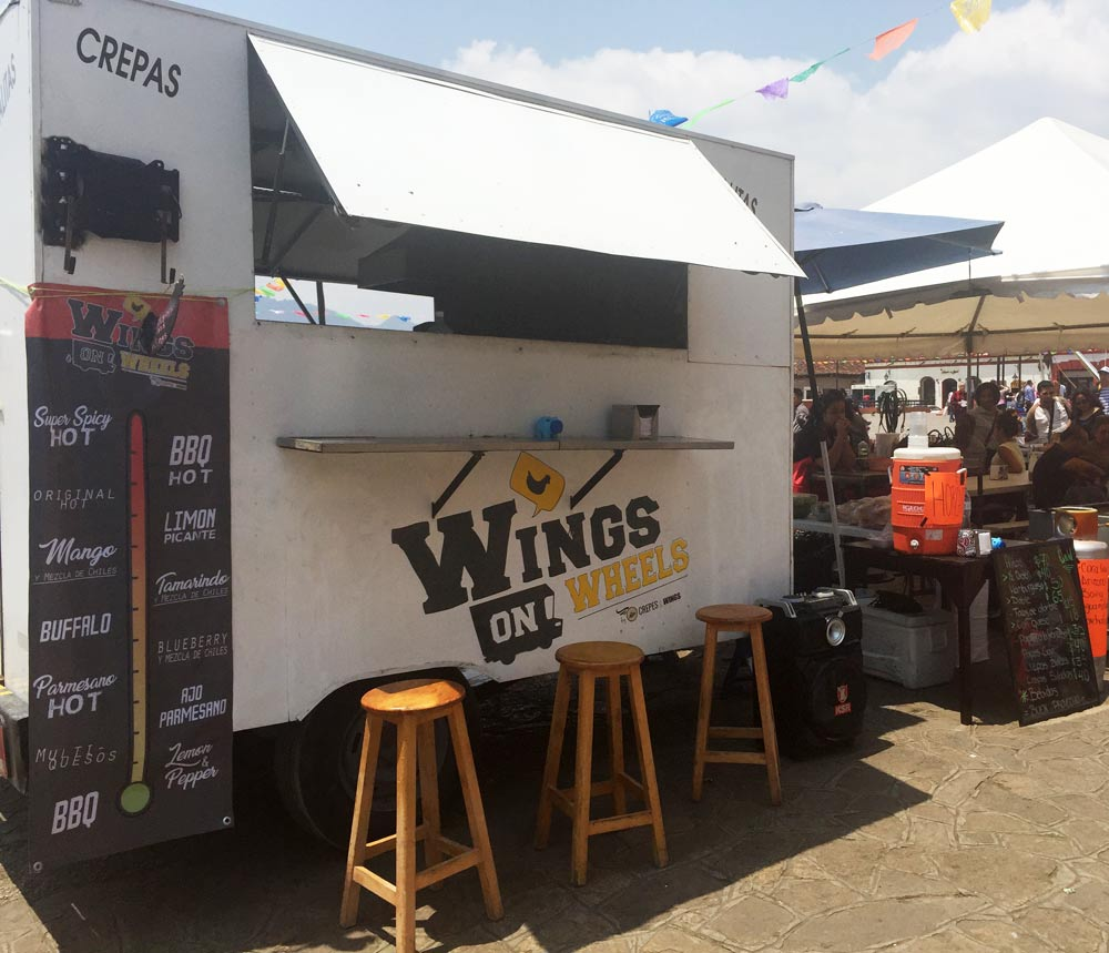 Wings On Wheels – Food Review