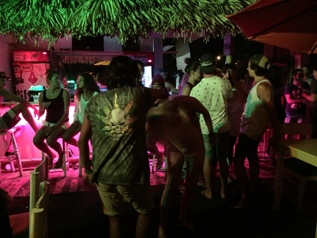 Photo of bar in El Tunco, El Salvador