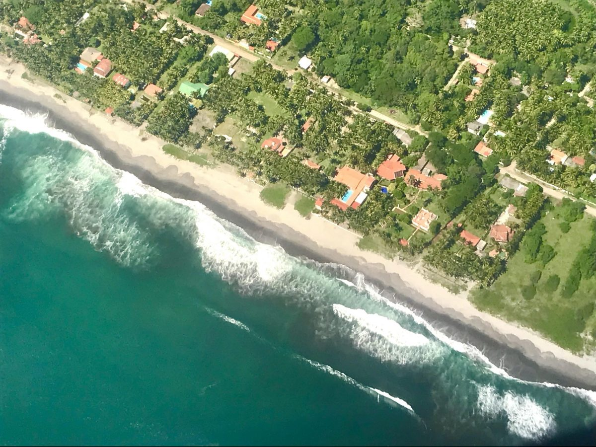 Top 3 Best Beaches In El Salvador